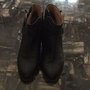 Excellent Condition Black Leather Vionic Boots